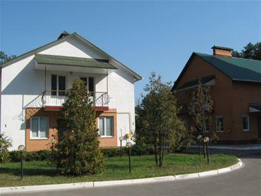 Verhovyna Hotel on Okruzhnaya