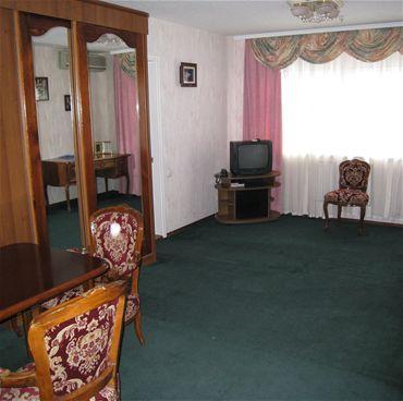 Dneprovskiy Hotel